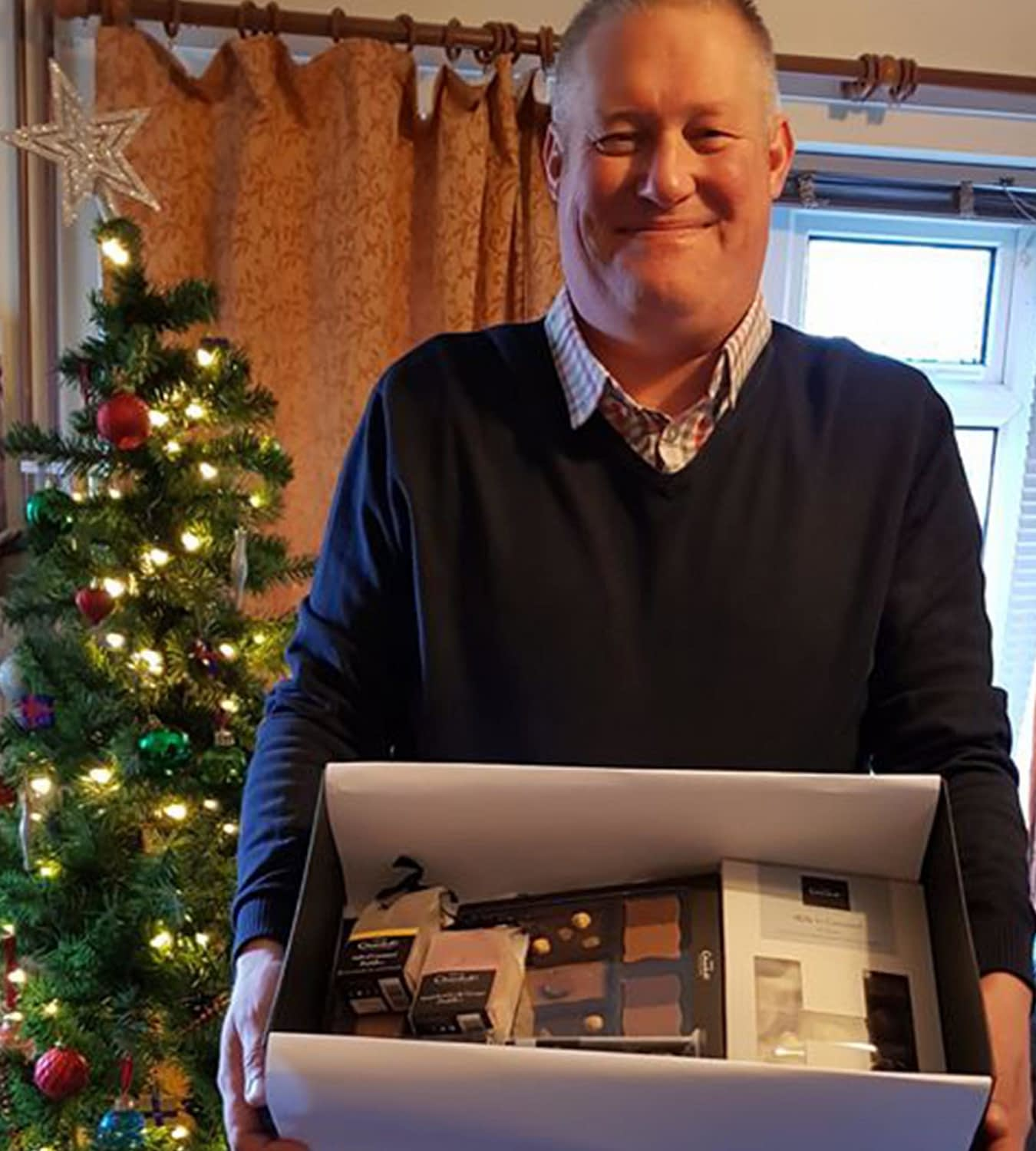 You are currently viewing Mick King Wins Our Christmas Hamper!